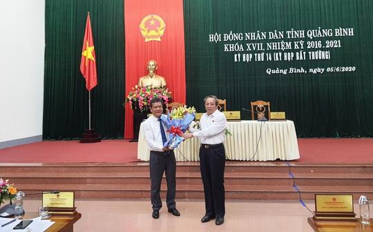 Ông Trần Phong được bầu làm Phó Chủ tịch UBND tỉnh Quảng Bình - Ảnh 1.
