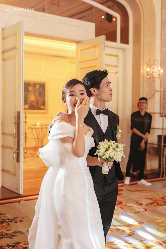 Chùm ảnh Công Phượng rạng rỡ trong ngày đính hôn với Viên Minh - Ảnh 1.