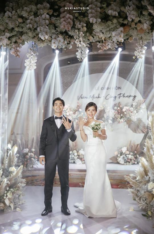 Chùm ảnh Công Phượng rạng rỡ trong ngày đính hôn với Viên Minh - Ảnh 4.