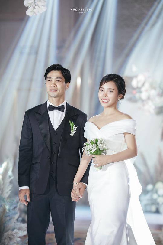 Chùm ảnh Công Phượng rạng rỡ trong ngày đính hôn với Viên Minh - Ảnh 3.
