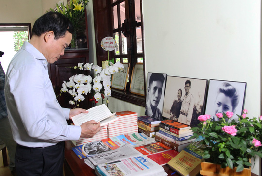 TP HCM dâng hương kỷ niệm 100 năm ngày sinh ông Phan Kiệm - Ảnh 3.