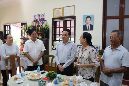 TP HCM dâng hương kỷ niệm 100 năm ngày sinh ông Phan Kiệm - Ảnh 4.