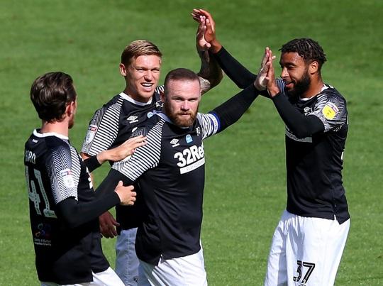 Wayne Rooney gây sốc bằng siêu phẩm, Derby County chờ suất thăng hạng - Ảnh 6.