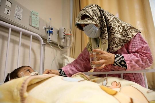Iran gặp ác mộng Covid-19, Bộ Y tế nói lại - Ảnh 1.