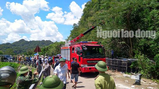 Cận cảnh vụ tai nạn thảm khốc ở khu vực VQG Phong Nha – Kẻ Bàng (Quảng Bình) khiến ít nhất 13 người tử vong - Ảnh 6.