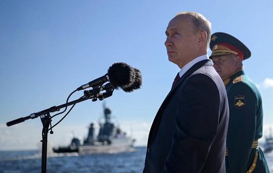 Tổng thống Putin tiết lộ kế hoạch tăng cường 40 tàu chiến cho hải quân Nga - Ảnh 1.