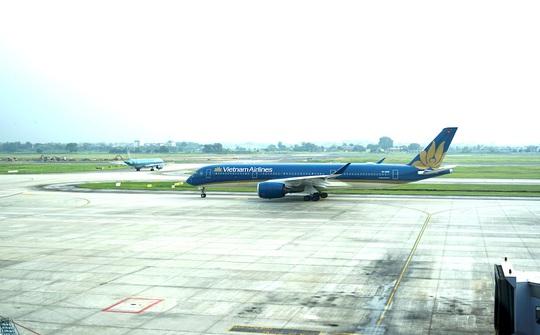 Bên trong chuyến bay đặc biệt đón 120 bệnh nhân Covid-19 từ Guinea Xích đạo về nước - Ảnh 10.