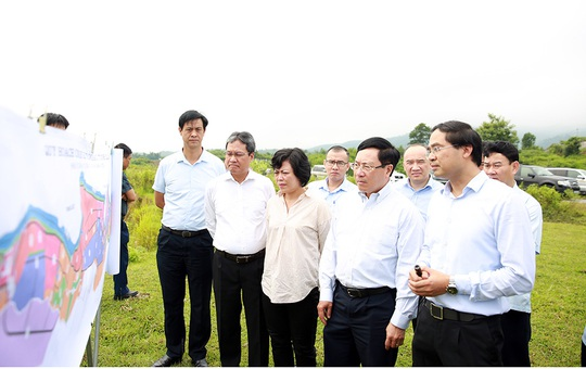Phó Thủ tướng Phạm Bình Minh thị sát khu vực biên giới tại Lào Cai - Ảnh 1.
