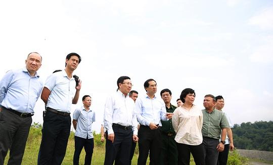 Phó Thủ tướng Phạm Bình Minh thị sát khu vực biên giới tại Lào Cai - Ảnh 2.