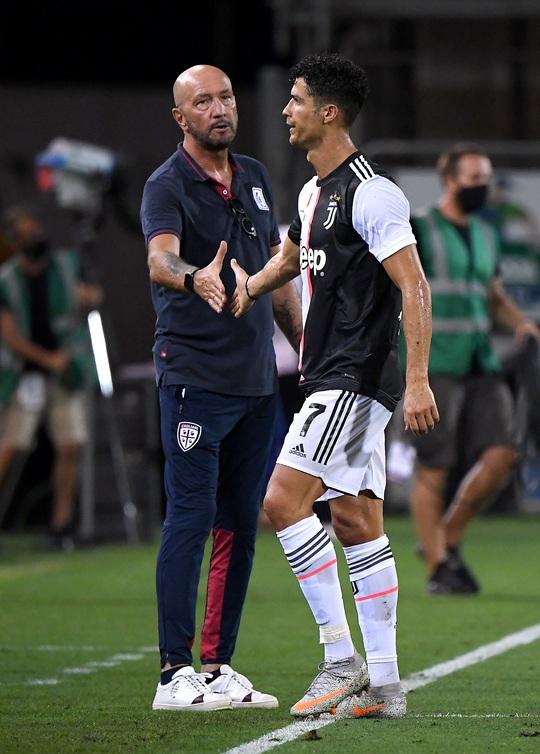 Cày ải 9 ngày bốn trận, Ronaldo tan giấc mơ Chiếc giày vàng - Ảnh 6.