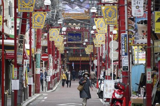 Nhật Bản chống dịch hiệu quả nhờ Nhân tố X? - Ảnh 2.