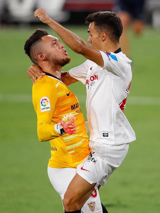 Ghi bàn và cứu thua, Lucas Ocampos sắm vai người hùng Sevilla - Ảnh 7.