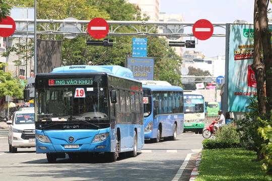 Hàng ngàn tỉ trợ giá xe buýt ở TP HCM đã chi nhưng vẫn chưa quyết toán - Ảnh 1.