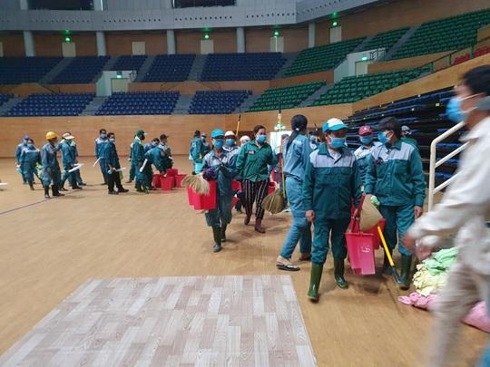 Tiến hành lắp đặt bệnh viện dã chiến Covid-19 hơn 94.000m2 ở Đà Nẵng - Ảnh 8.