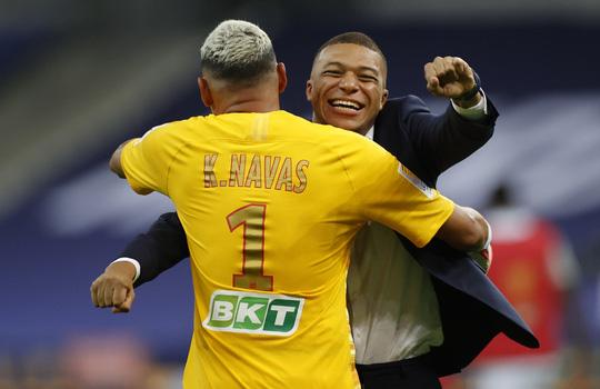 PSG thắng luân lưu nghẹt thở, Neymar giành cú ăn 4 cực đỉnh - Ảnh 8.