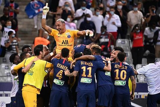 PSG thắng luân lưu nghẹt thở, Neymar giành cú ăn 4 cực đỉnh - Ảnh 9.