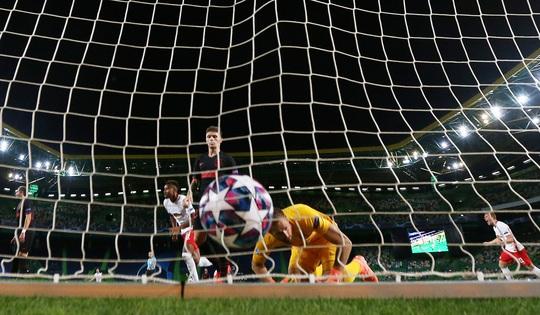 Địa chấn Alvalade, Atletico Madrid gục ngã dưới chân RB Leipzig - Ảnh 9.