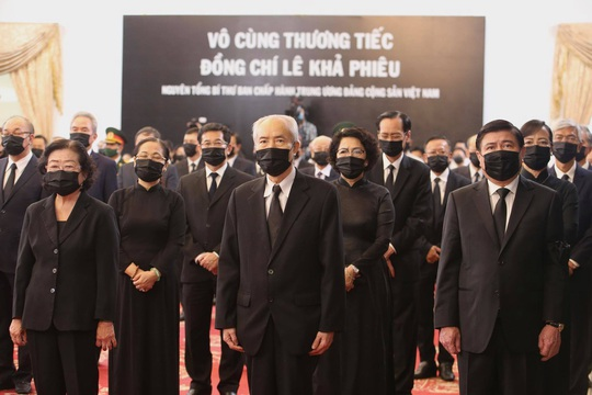 Lễ truy điệu nguyên Tổng Bí thư Lê Khả Phiêu tại TP HCM - Ảnh 4.
