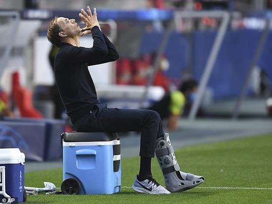 """HLV Tuchel bị phạt 30.000 euro vì PSG… """"câu giờ"""" - Ảnh 1."""
