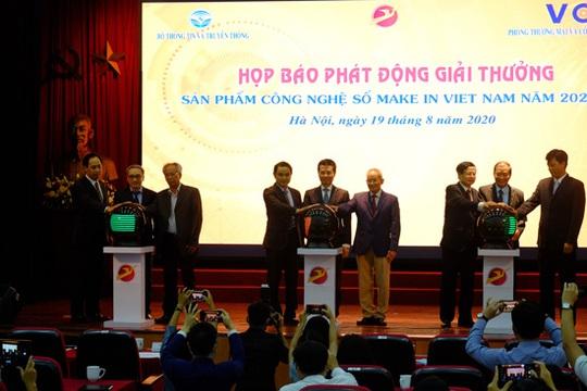 Bộ trưởng Nguyễn Mạnh Hùng công bố giải thưởng Sản phẩm Công nghệ số Make in Vietnam 2020 - Ảnh 1.