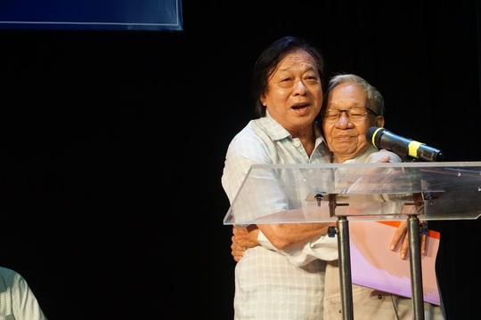 NSND Trần Ngọc Giàu: Nên khôi phục rạp cũ để cứu sân khấu - Ảnh 4.