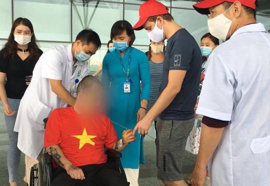 Mẹ bệnh nhân người Mỹ gửi thư cảm ơn bác sĩ Việt đã cứu sống con trai - Ảnh 3.