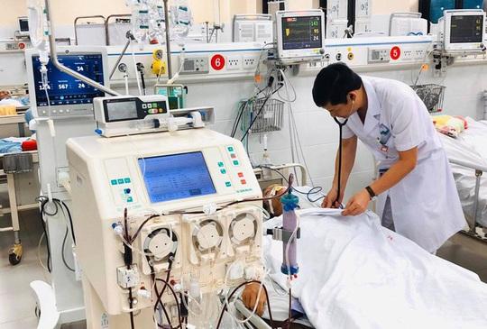 Nữ bệnh nhân ở Hà Nội suýt mất mạng do mắc bệnh Whitmore - Ảnh 1.