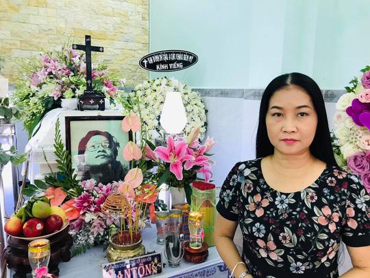 Mai Vàng nhân ái viếng nhạc sĩ Nguyễn Tôn Nghiêm - Ảnh 1.