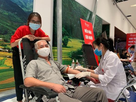 Hành trình Đỏ thu về hơn 101.600 đơn vị máu - Ảnh 3.