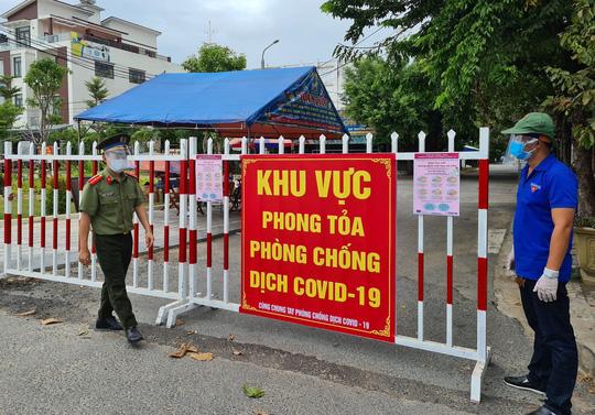 8 ca Covid-19 ở Quảng Nam: Dự đám tang, đám giỗ, ăn nhậu, đi nhiều chợ... - Ảnh 1.