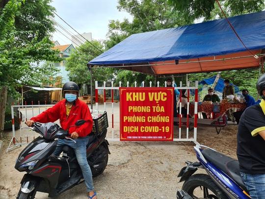 Bệnh nhân 999 ở Quảng Nam từng 2 lần xét nghiệm âm tính, đến Đà Nẵng gần 1 tháng trước - Ảnh 1.