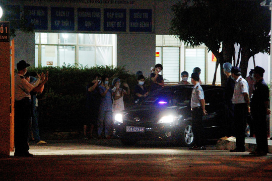 Bệnh viện C Đà Nẵng đã mở cửa trở lại, sau 14 ngày phong tỏa hoàn toàn - Ảnh 7.