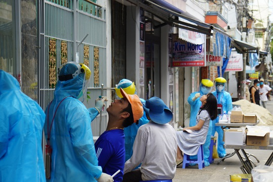 Lịch trình 16 ca Covid-19 tại Đà Nẵng: Có bệnh nhân là cán bộ Thanh tra TP - Ảnh 1.