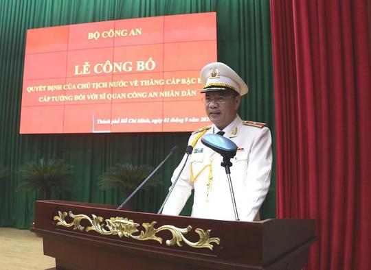 Thêm phó giám đốc Công an TP HCM được thăng hàm cấp tướng - Ảnh 4.