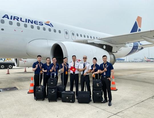 Sân bay Cần Thơ đón 2 chuyến bay chở 360 người Việt từ Singapore - Ảnh 5.