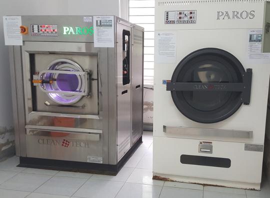 """Lô máy giặt sấy hơn 2 tỉ đồng, bán vào bệnh viện """"thổi giá"""" lên 12 tỉ đồng ? - Ảnh 1."""