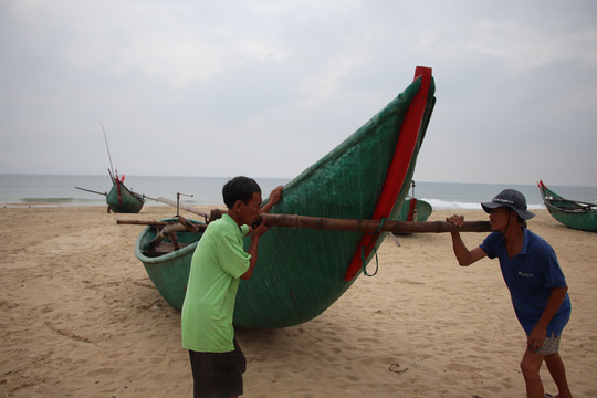 Đà Nẵng- Quảng Nam cho học sinh nghỉ học tránh bão - Ảnh 4.