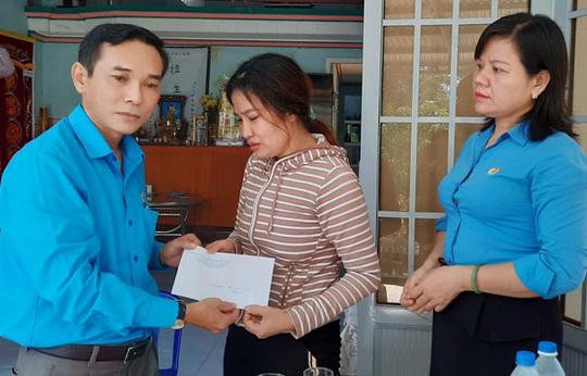 Quảng Ngãi: Hỗ trợ đoàn viên nghiệp đoàn nghề cá - Ảnh 1.