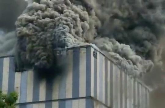 Trung Quốc: Cháy lớn tại trung tâm nghiên cứu của Huawei - Ảnh 2.