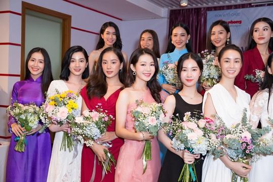 Lộ diện những thí sinh đầu tiên lọt vào bán kết Hoa Hậu Việt Nam 2020 - Ảnh 2.