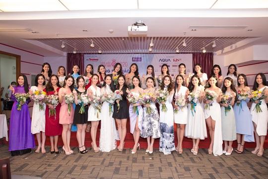 Lộ diện những thí sinh đầu tiên lọt vào bán kết Hoa Hậu Việt Nam 2020 - Ảnh 1.