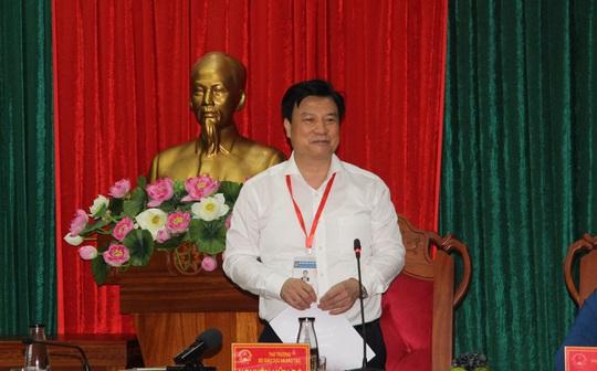 Thứ trưởng Bộ GD-ĐT Nguyễn Hữu Độ: Phải đảm bảo công bằng giữa 2 đợt thi - Ảnh 1.