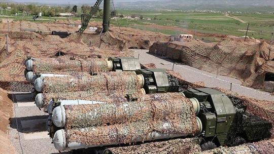 Azerbaijan tuyên bố phá hủy hệ thống S-300 do Nga sản xuất - Ảnh 1.