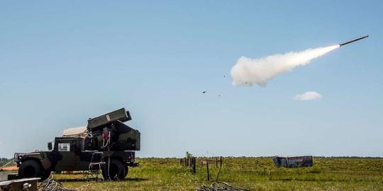 Quân đội Mỹ trước mối đe dọa từ bầu trời - Ảnh 2.