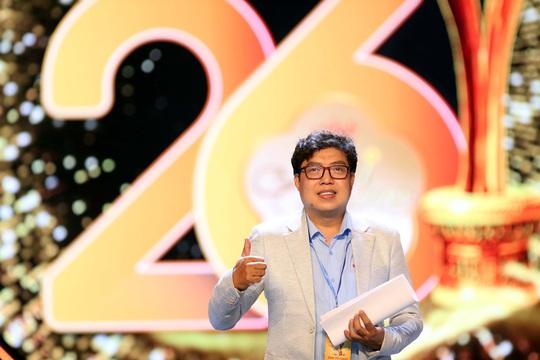 Hoài Linh, Jack, Phương Anh, Ngô Kiến Huy khuấy động thảm đỏ Mai Vàng 26-2020 - Ảnh 3.