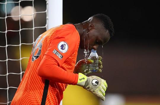 Ghi bàn trận derby, sao trẻ Chelsea cứu ghế HLV Lampard - Ảnh 2.