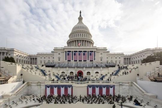 Phóng sự ảnh: Thủ đô Washington của Mỹ trước giờ chuyển giao quyền lực - Ảnh 2.