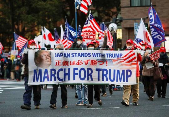 Nhiệm kỳ của Tổng thống Trump gây tranh cãi nhất - Ảnh 1.