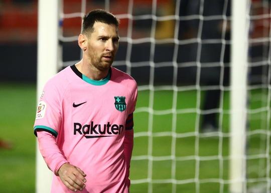 Giúp Barcelona ngược dòng thắng, Messi thiết lập kỷ lục mới - Ảnh 4.