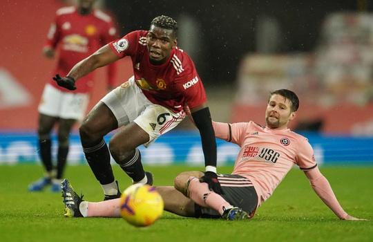 HLV Solskjaer nói gì khi Man United thua đội chót bảng, mất ngôi đầu? - Ảnh 1.
